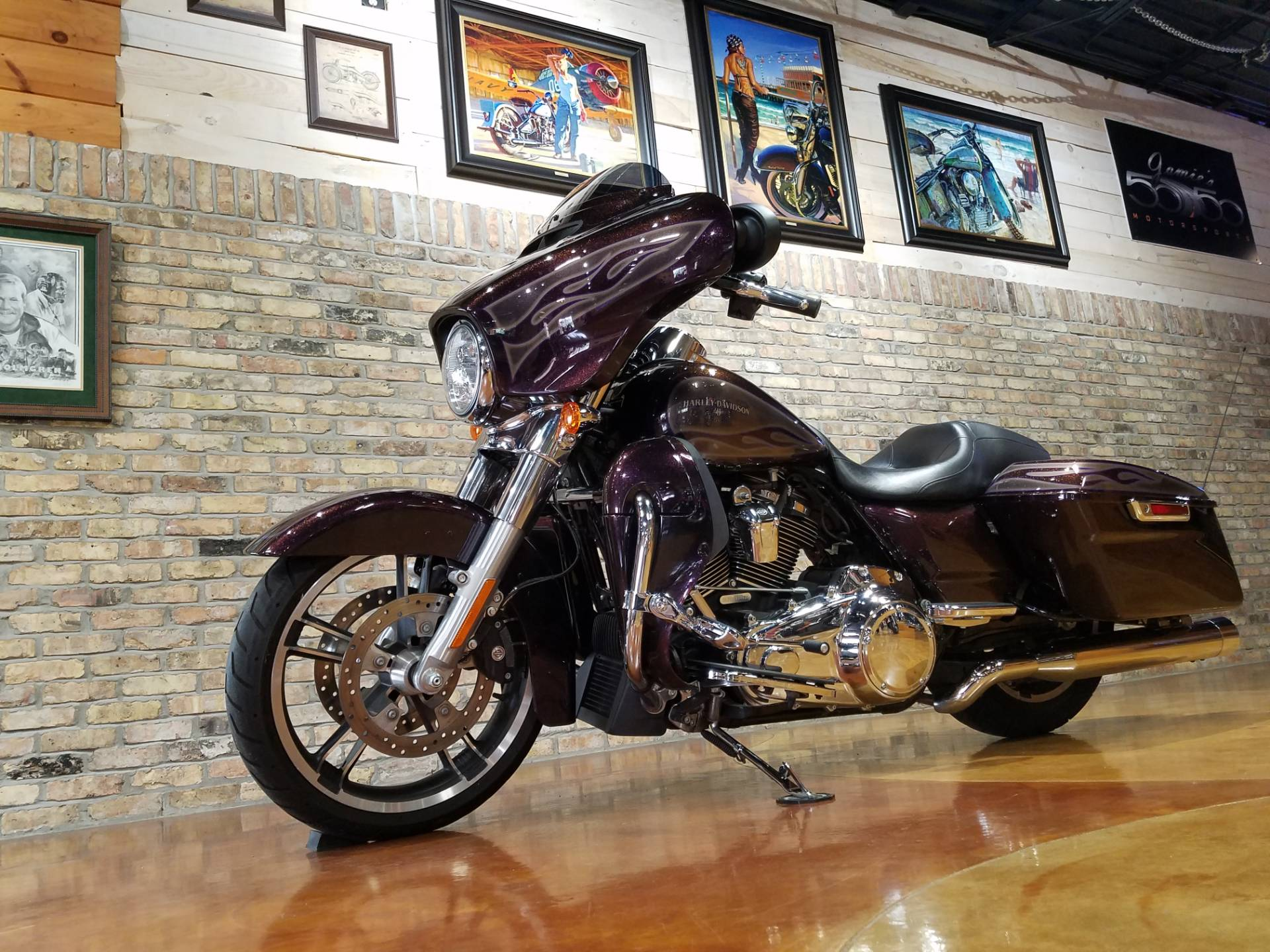 2017 Harley-Davidson Street Glide® Special in Big Bend, Wisconsin - Photo 45