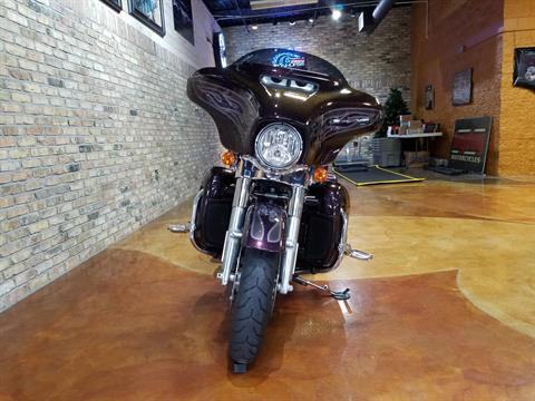 2017 Harley-Davidson Street Glide® Special in Big Bend, Wisconsin - Photo 64