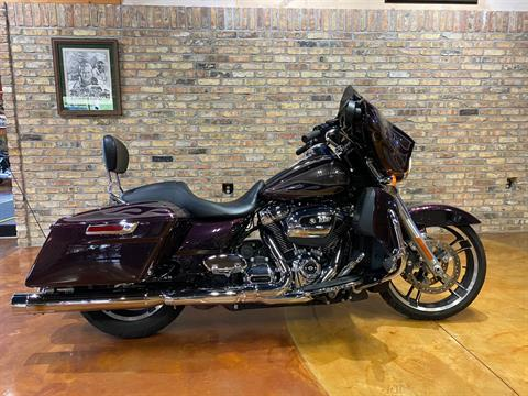 2017 Harley-Davidson Street Glide® Special in Big Bend, Wisconsin - Photo 3