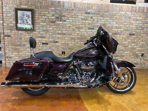 2017 Harley-Davidson Street Glide® Special in Big Bend, Wisconsin - Photo 73