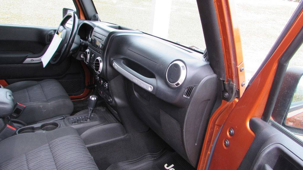 2011 Jeep WRANGLER UNLIMITED SAHARA in Big Bend, Wisconsin - Photo 14