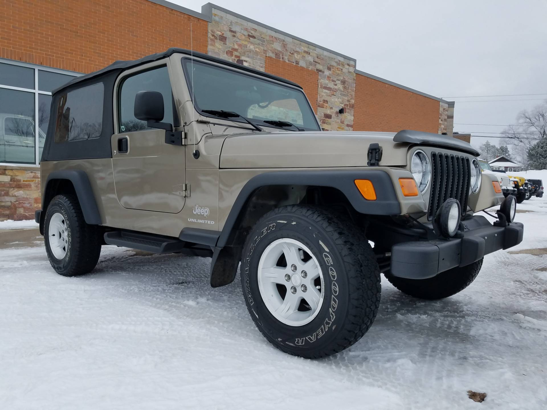 2004 Jeep® Wrangler Unlimited in Big Bend, Wisconsin - Photo 4