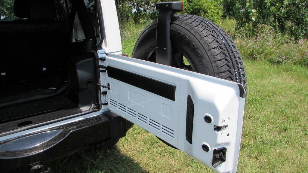 2014 Jeep WRANGLER UNLIMITED POLAR EDITION in Big Bend, Wisconsin - Photo 47