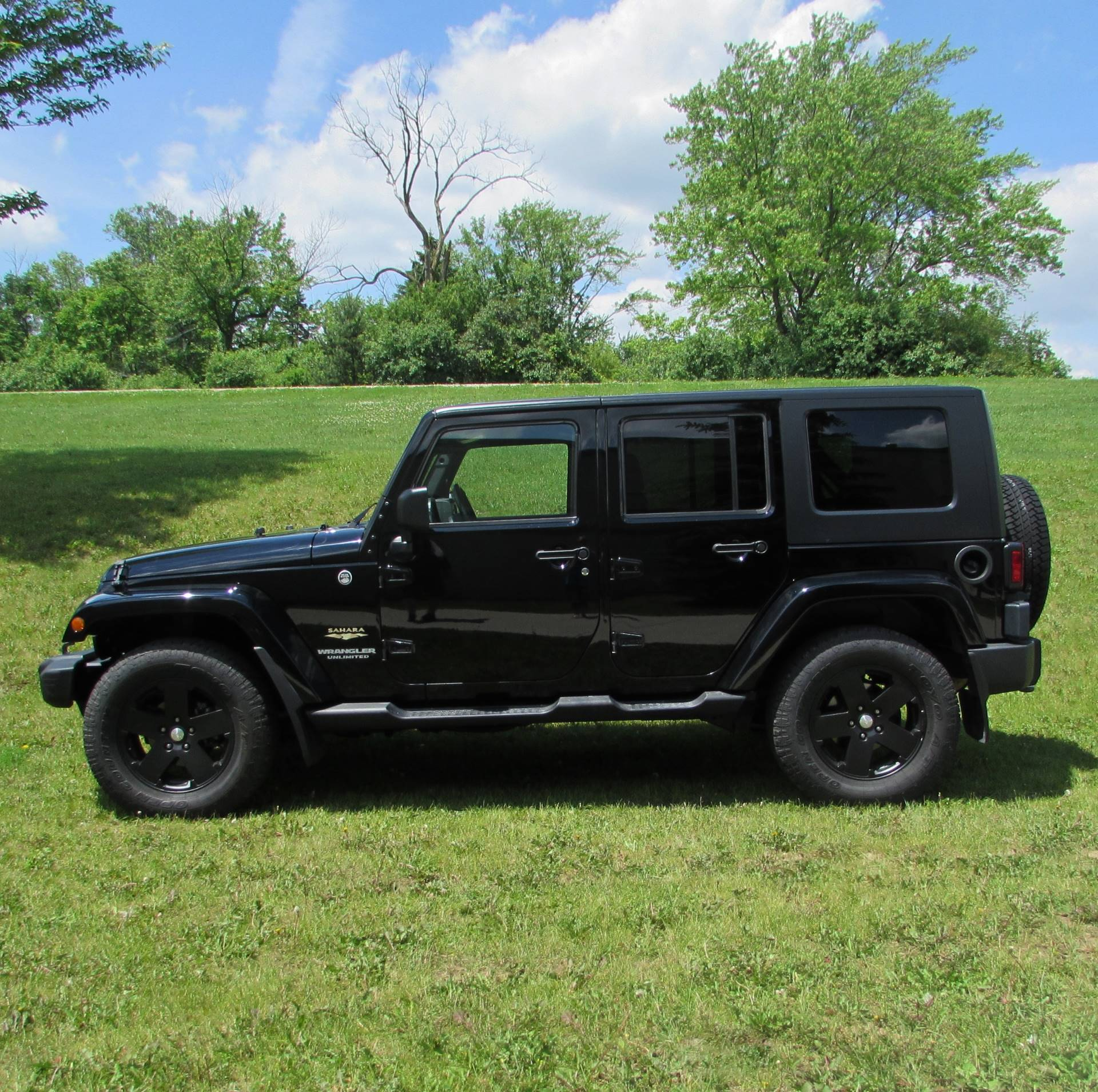 2009 Jeep Wrangler Sahara Limited in Big Bend, Wisconsin - Photo 15