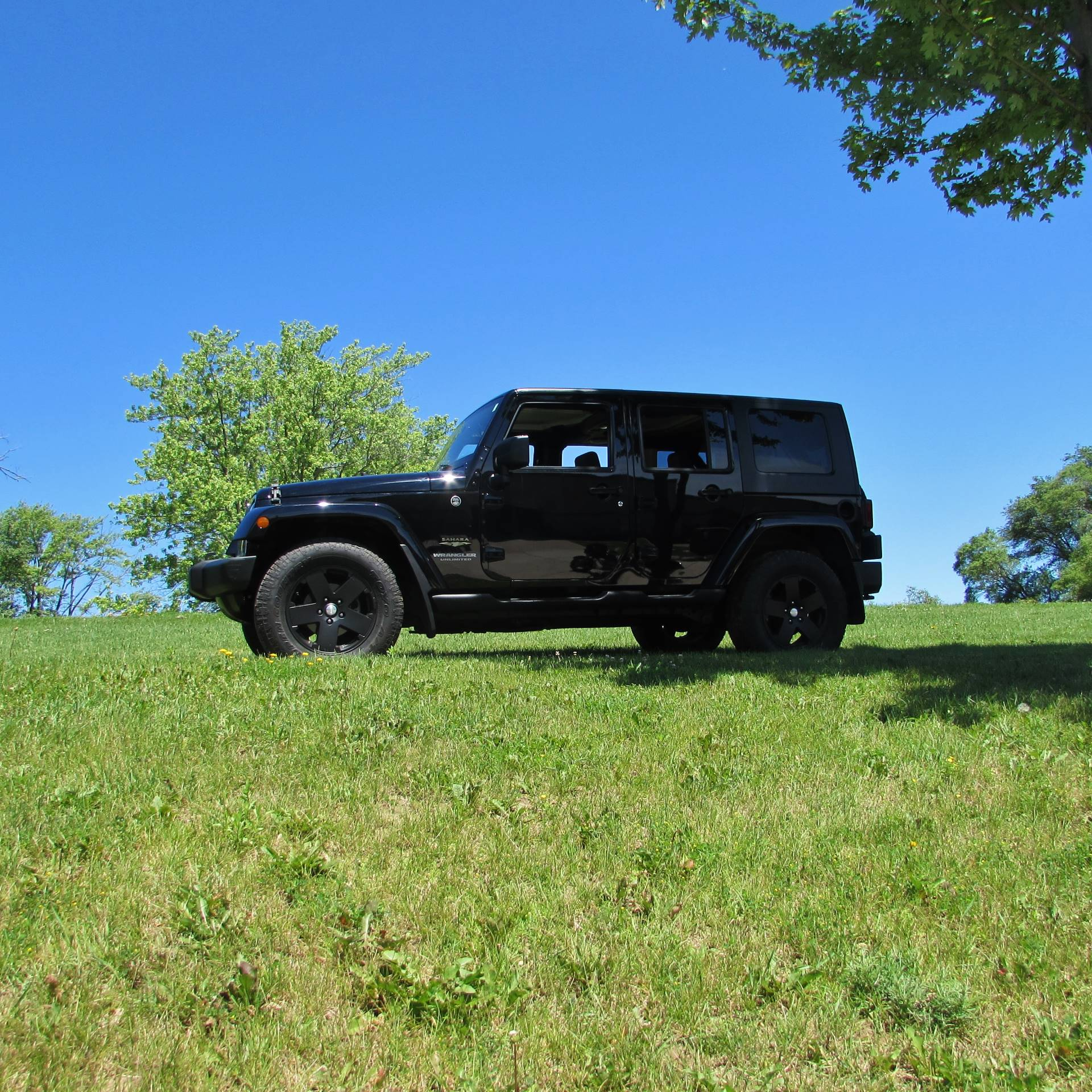 2009 Jeep Wrangler Sahara Limited in Big Bend, Wisconsin - Photo 21