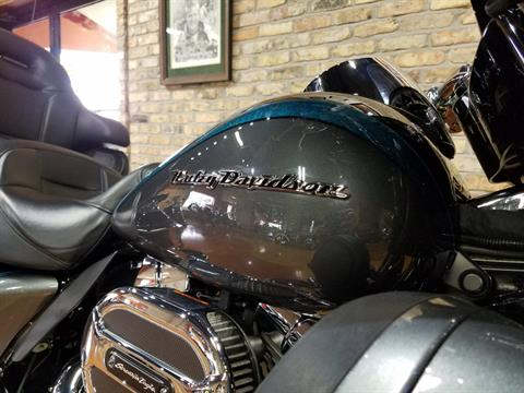 2015 Harley-Davidson CVO™ Limited in Big Bend, Wisconsin - Photo 13