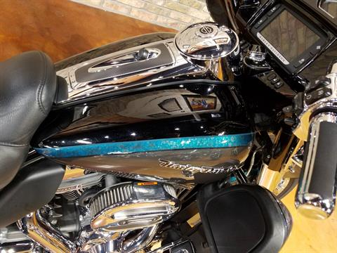 2015 Harley-Davidson CVO™ Limited in Big Bend, Wisconsin - Photo 20