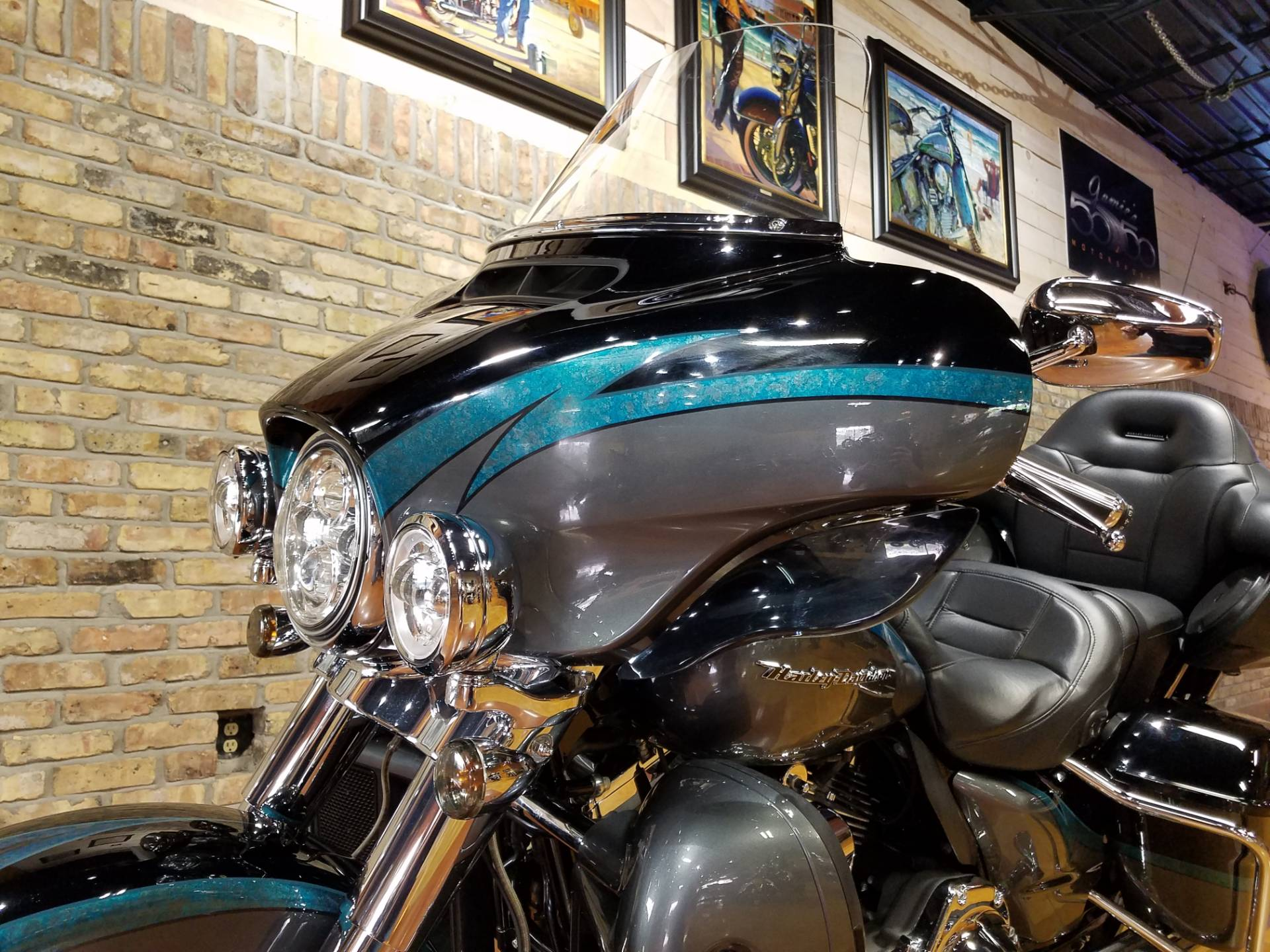 2015 Harley-Davidson CVO™ Limited in Big Bend, Wisconsin - Photo 34