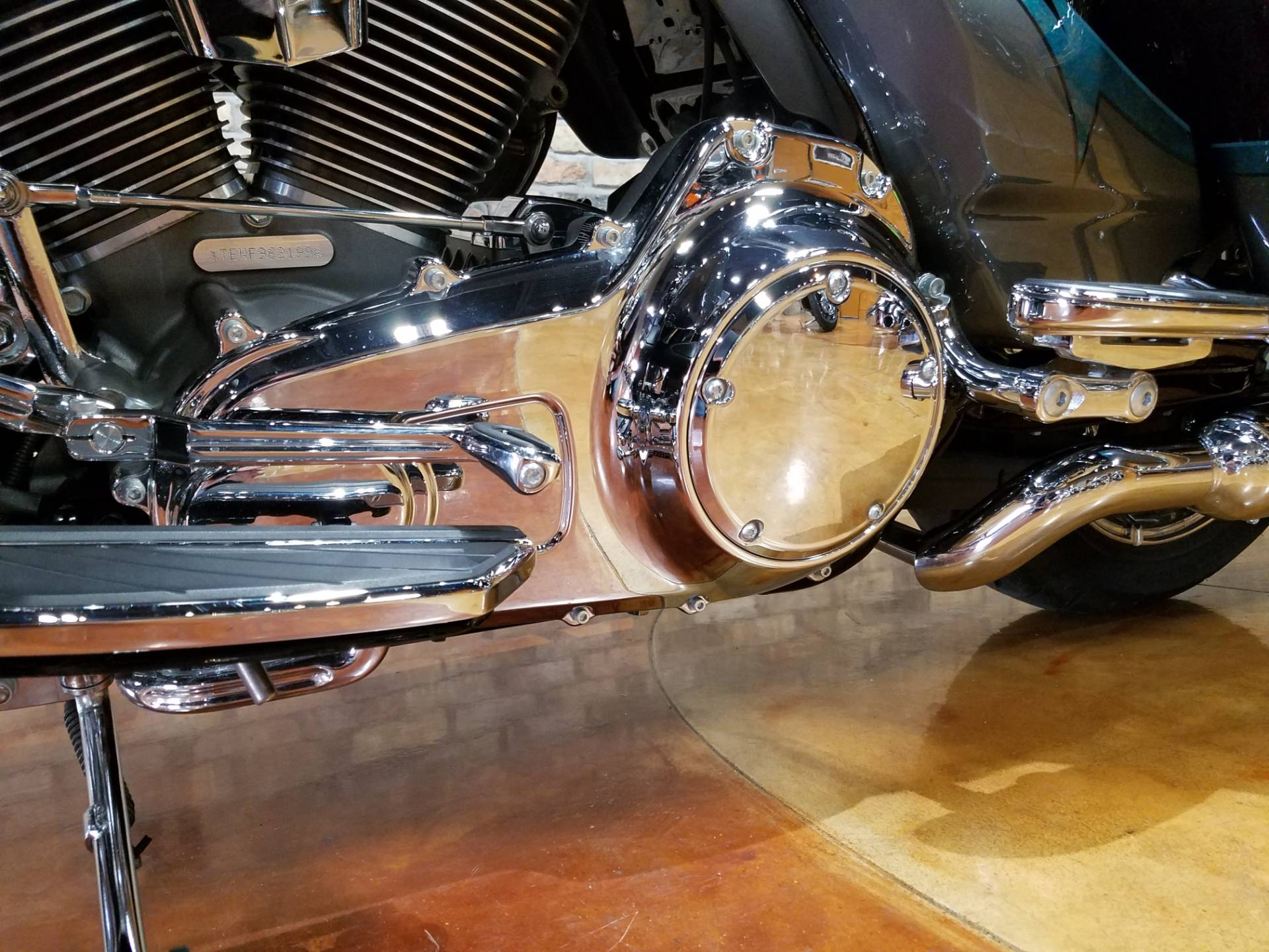 2015 Harley-Davidson CVO™ Limited in Big Bend, Wisconsin - Photo 40