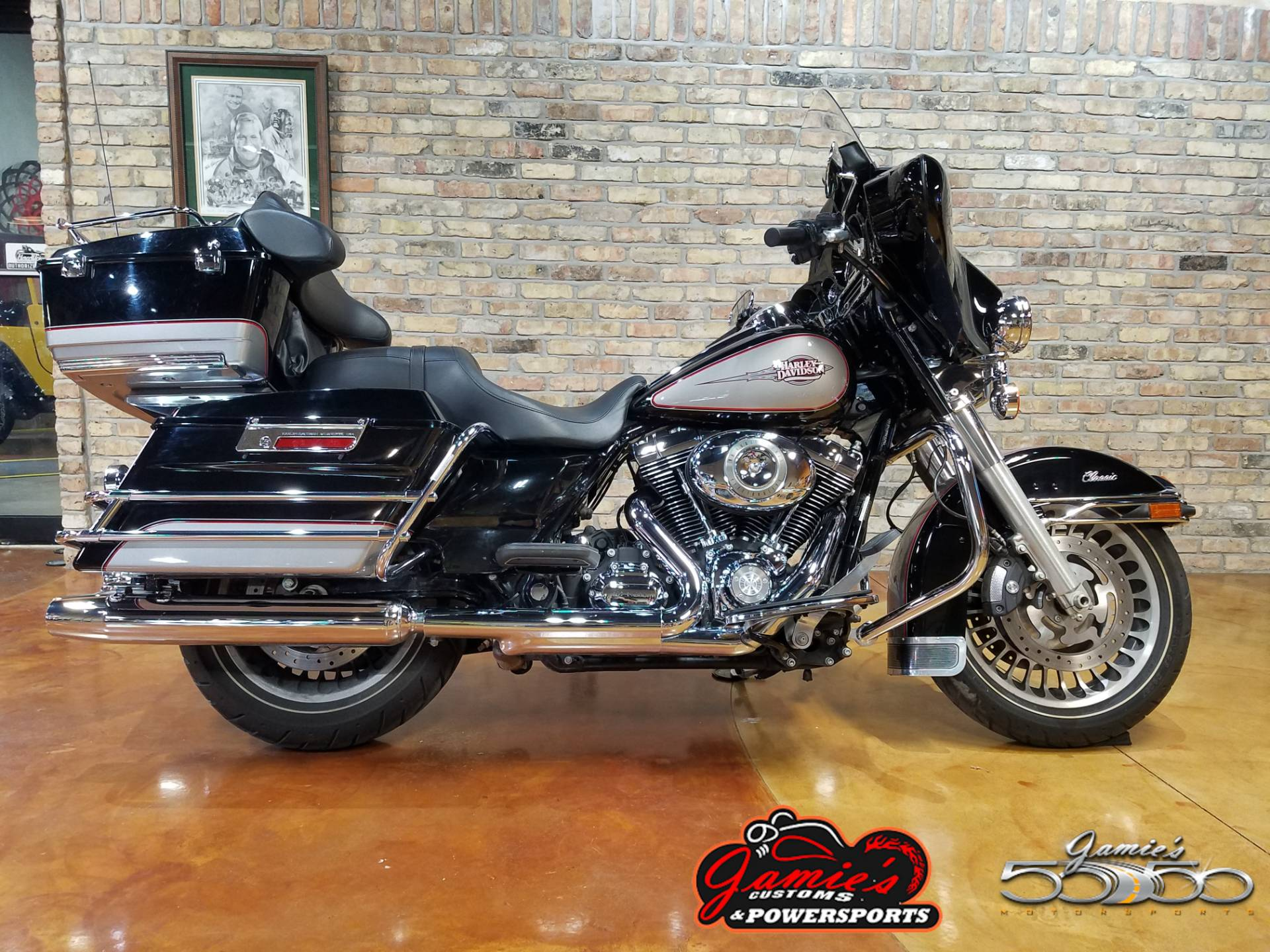 2009 Harley-Davidson Electra Glide® Classic in Big Bend, Wisconsin - Photo 1