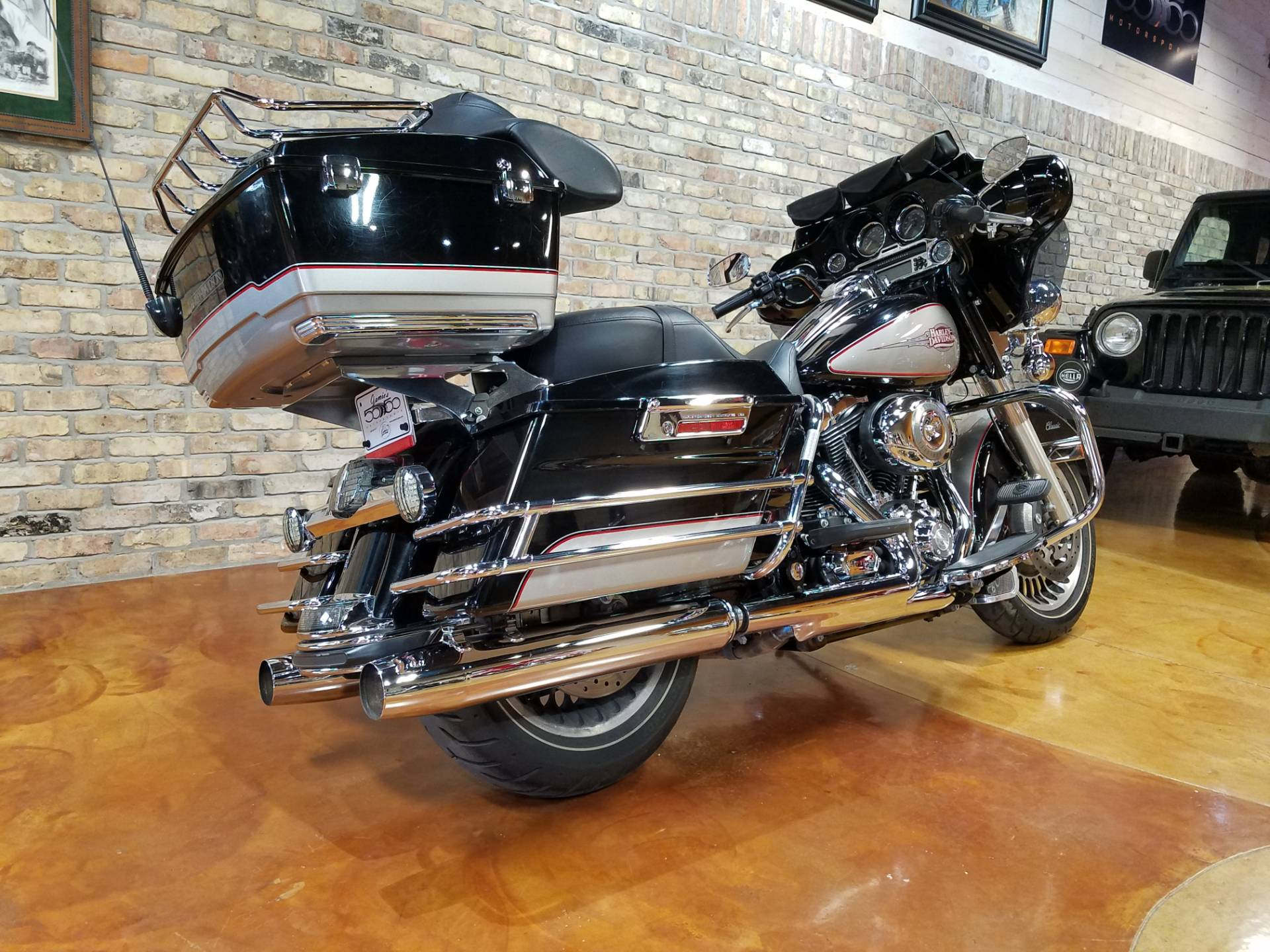 2009 Harley-Davidson Electra Glide® Classic in Big Bend, Wisconsin - Photo 3