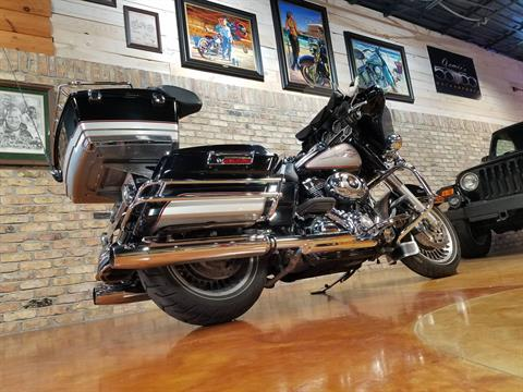 2009 Harley-Davidson Electra Glide® Classic in Big Bend, Wisconsin - Photo 4