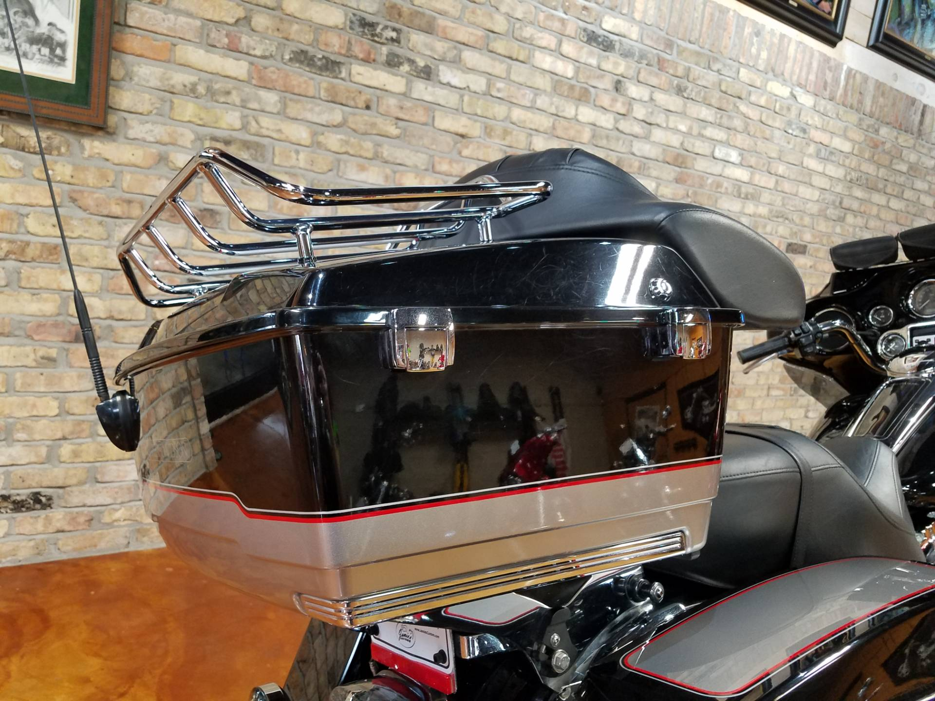 2009 Harley-Davidson Electra Glide® Classic in Big Bend, Wisconsin - Photo 6