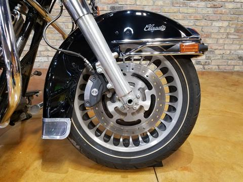 2009 Harley-Davidson Electra Glide® Classic in Big Bend, Wisconsin - Photo 16