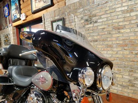 2009 Harley-Davidson Electra Glide® Classic in Big Bend, Wisconsin - Photo 17