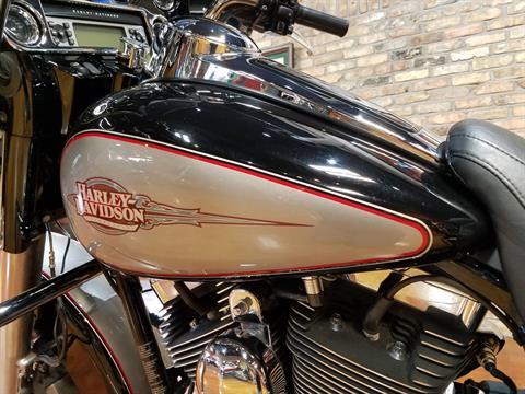 2009 Harley-Davidson Electra Glide® Classic in Big Bend, Wisconsin - Photo 38