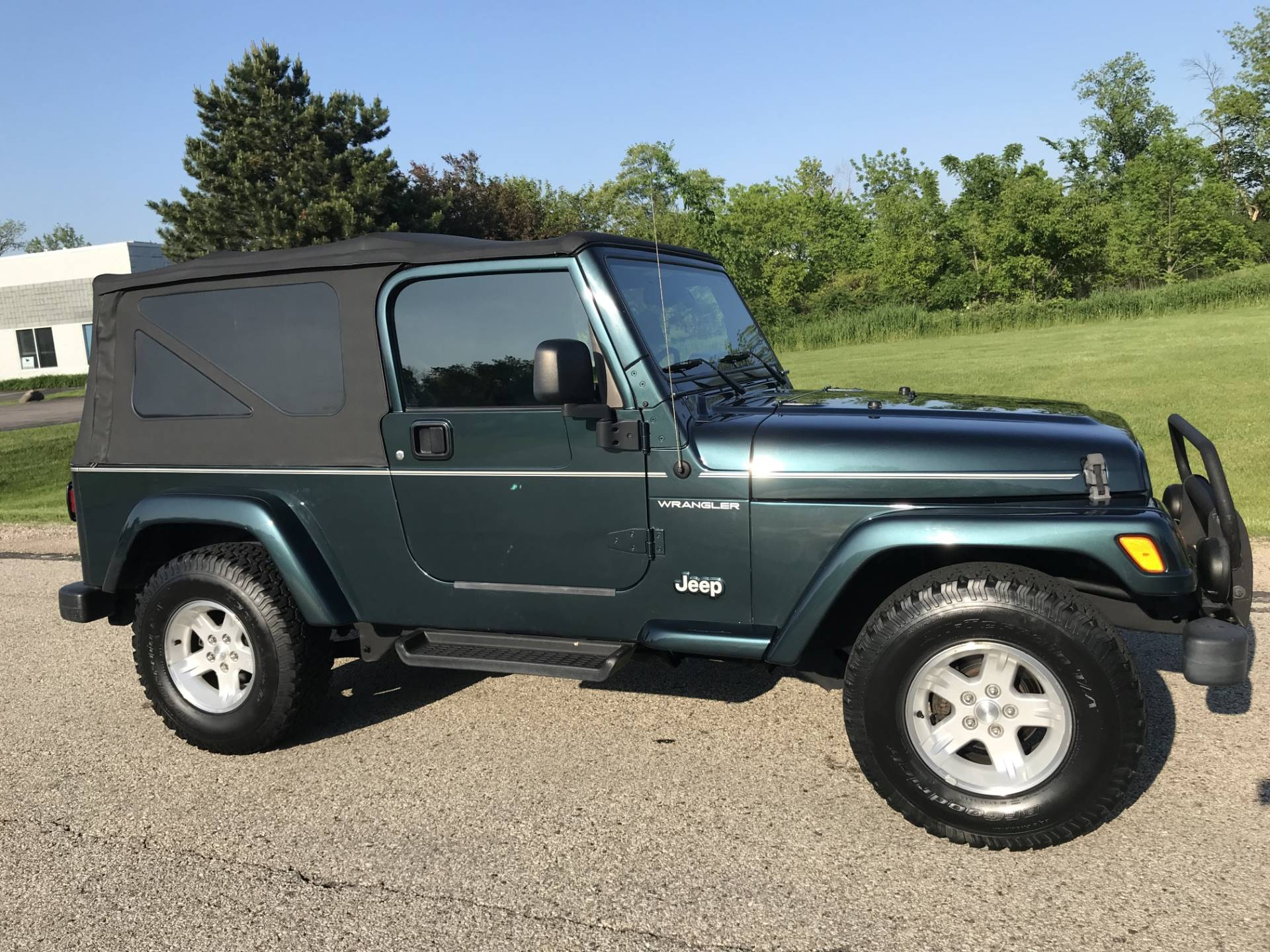 2006 Jeep Wrangler Unlimited in Big Bend, Wisconsin - Photo 9