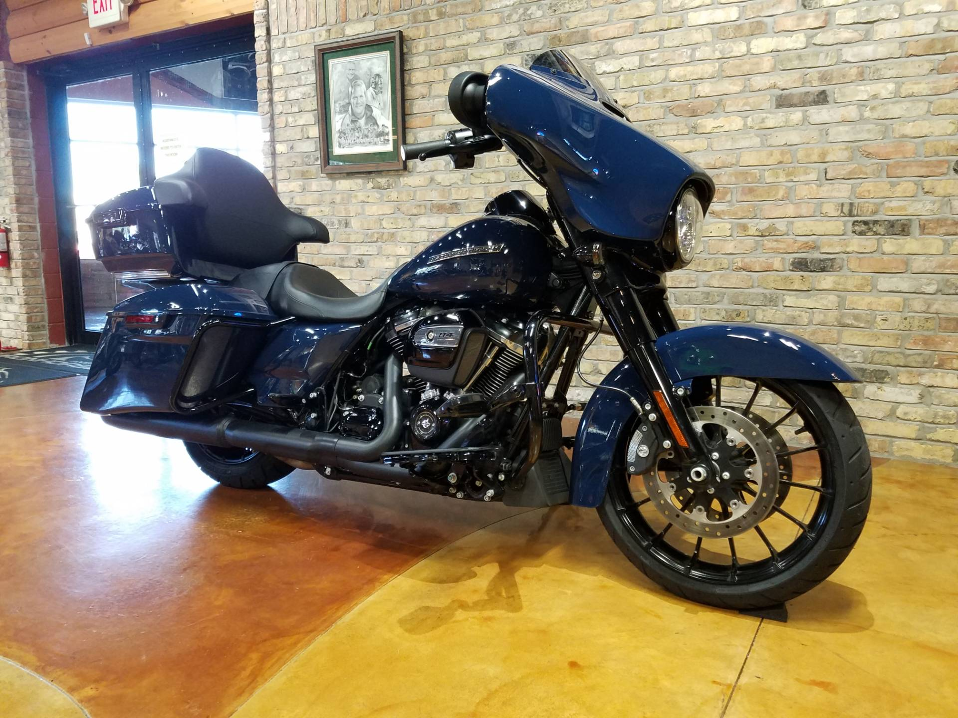 2019 Harley-Davidson Street Glide® Special in Big Bend, Wisconsin - Photo 3