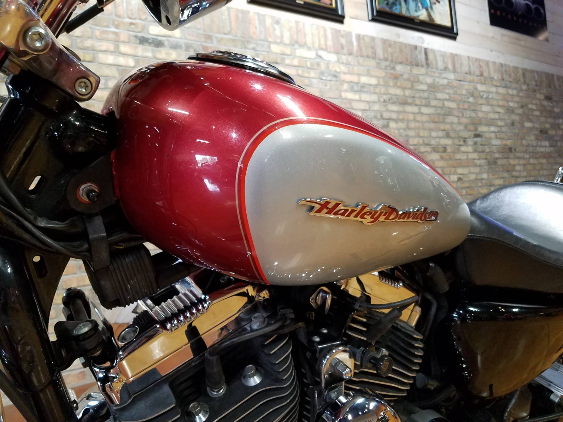 2004 Harley-Davidson Sportster® XL 1200 Custom in Big Bend, Wisconsin - Photo 32