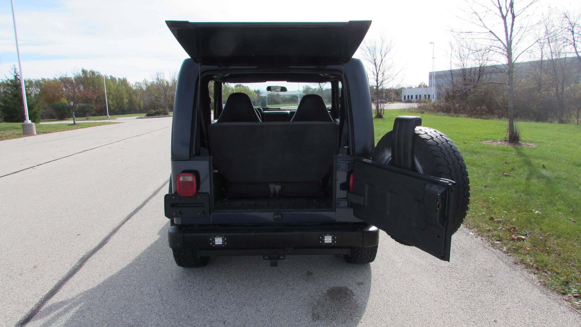 2002 Jeep Wrangler X in Big Bend, Wisconsin - Photo 27