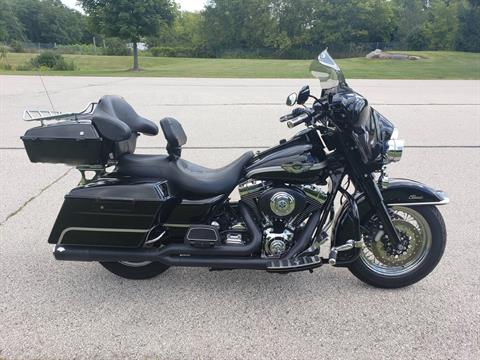 2003 Harley-Davidson FLHTC/FLHTCI Electra Glide® Classic in Big Bend, Wisconsin - Photo 1