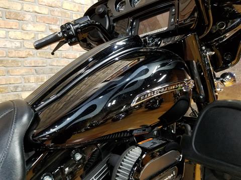 2016 Harley-Davidson CVO™ Street Glide® in Big Bend, Wisconsin - Photo 12