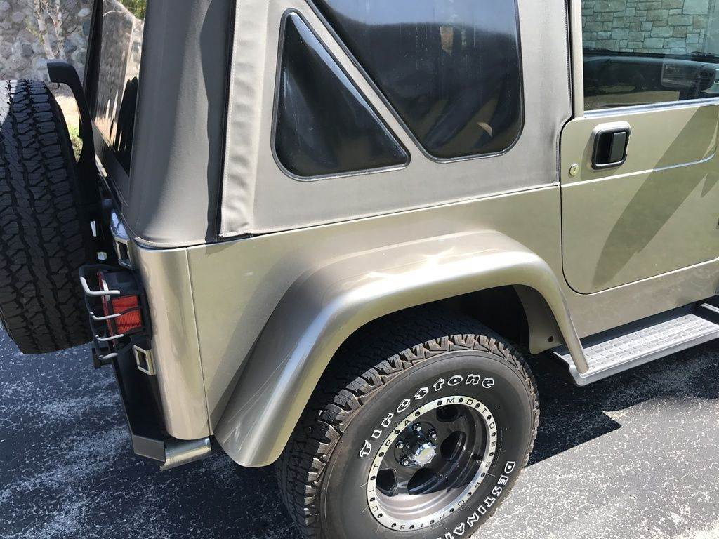 2004 Jeep Wrangler 2D Sport 4WD in Big Bend, Wisconsin - Photo 11