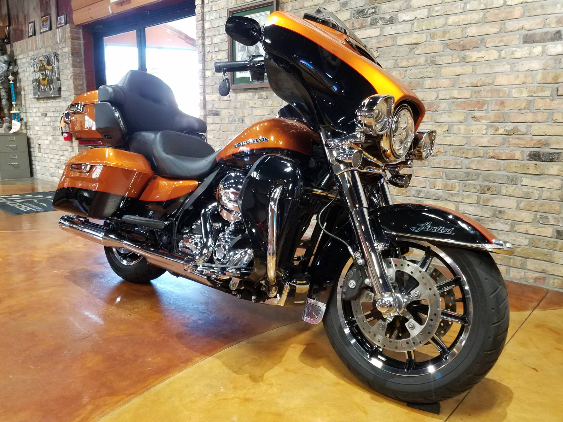 2015 Harley-Davidson Ultra Limited in Big Bend, Wisconsin - Photo 2