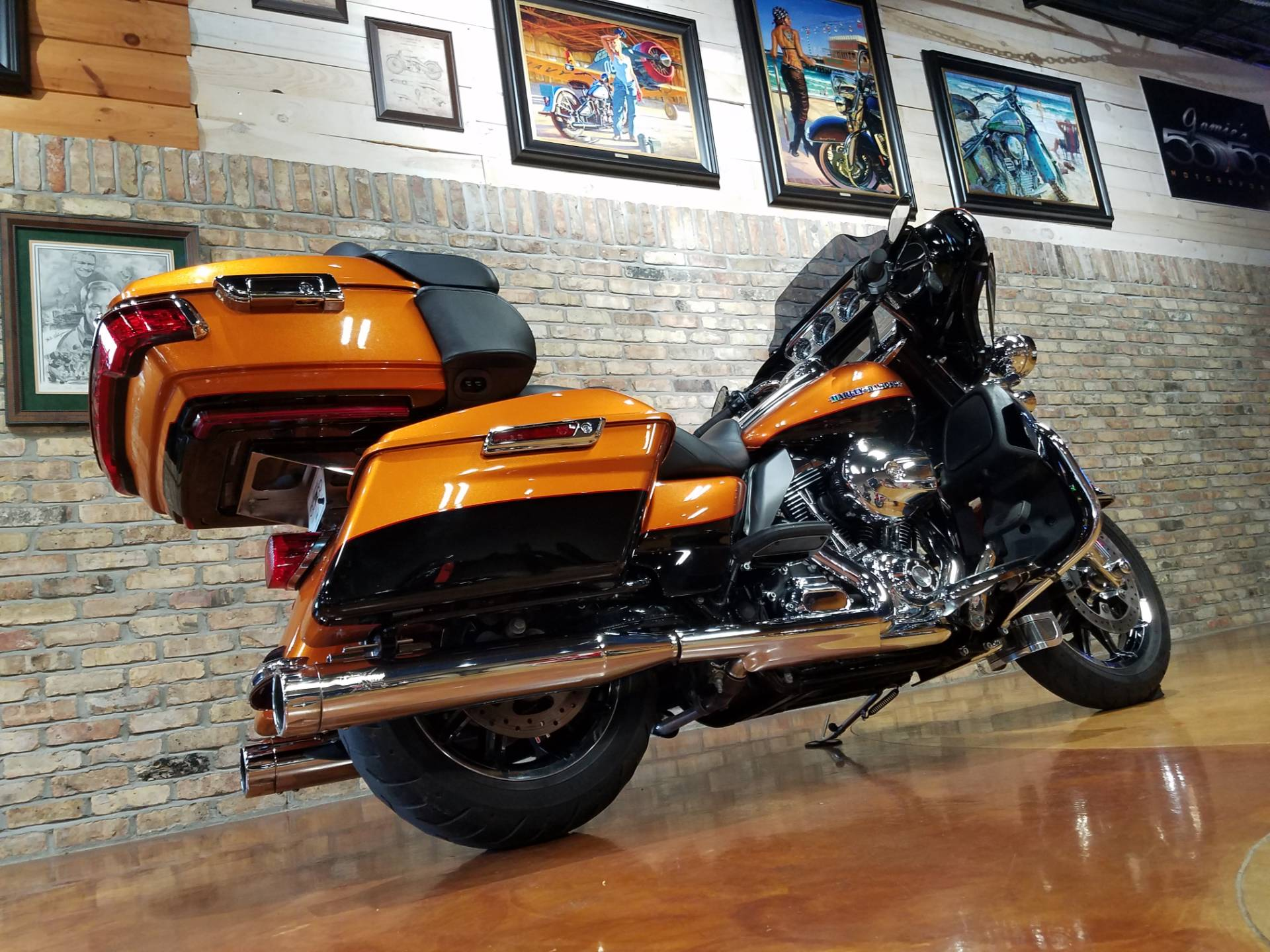 2015 Harley-Davidson Ultra Limited in Big Bend, Wisconsin - Photo 4