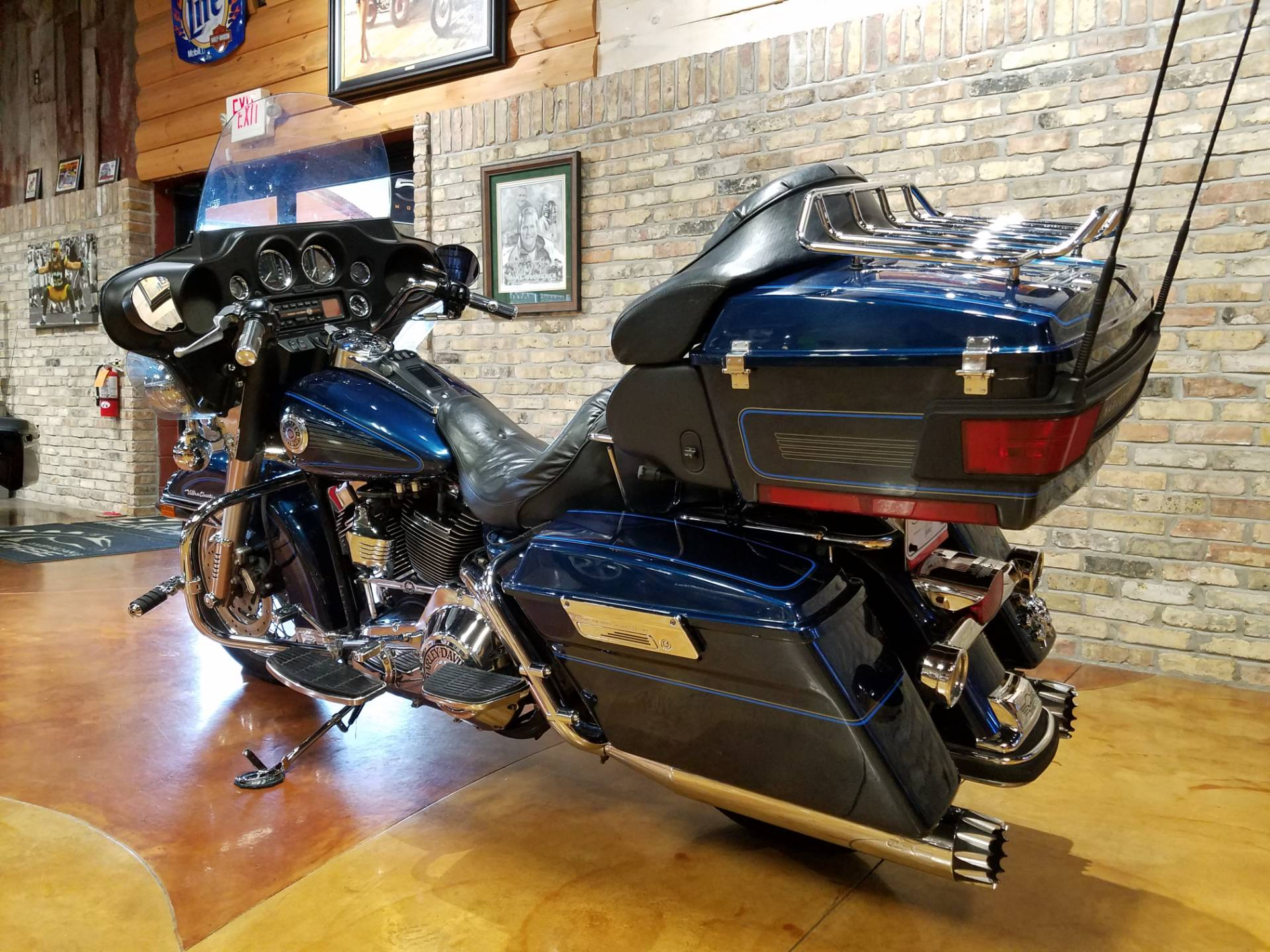 2001 Harley-Davidson FLHTCUI Ultra Classic® Electra Glide® in Big Bend, Wisconsin - Photo 32