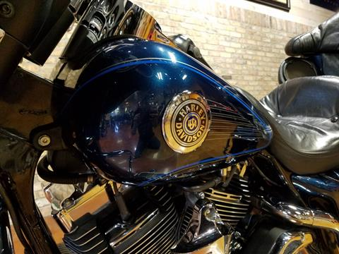 2001 Harley-Davidson FLHTCUI Ultra Classic® Electra Glide® in Big Bend, Wisconsin - Photo 38