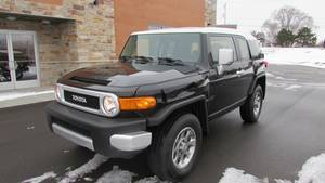 2013 Toyota FJ Cruiser in Big Bend, Wisconsin - Photo 6