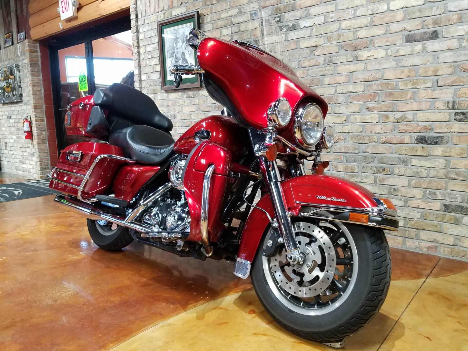 2008 Harley-Davidson Ultra Classic® Electra Glide® in Big Bend, Wisconsin - Photo 3