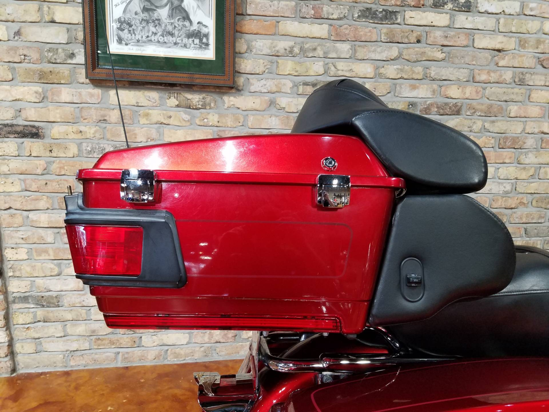 2008 Harley-Davidson Ultra Classic® Electra Glide® in Big Bend, Wisconsin - Photo 6