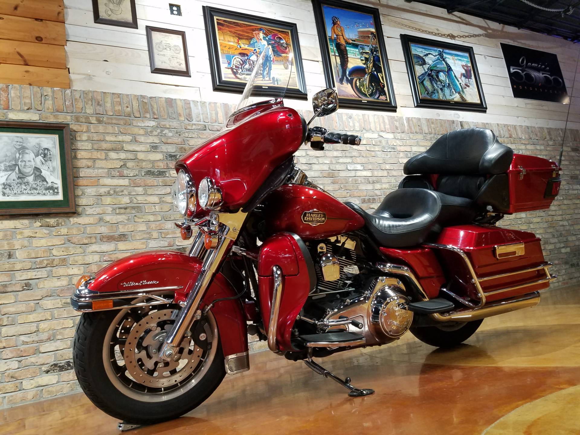 2008 Harley-Davidson Ultra Classic® Electra Glide® in Big Bend, Wisconsin - Photo 2