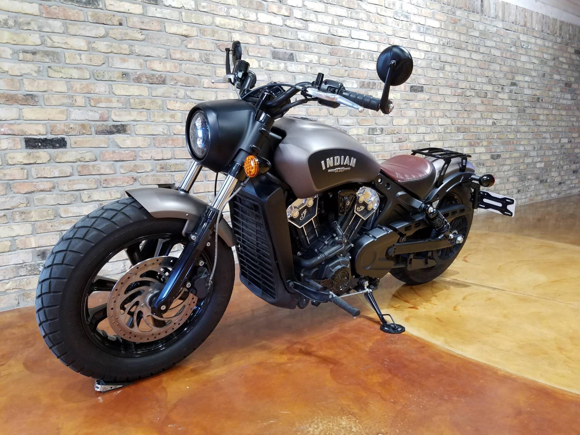 2018 Indian Scout® Bobber in Big Bend, Wisconsin - Photo 4