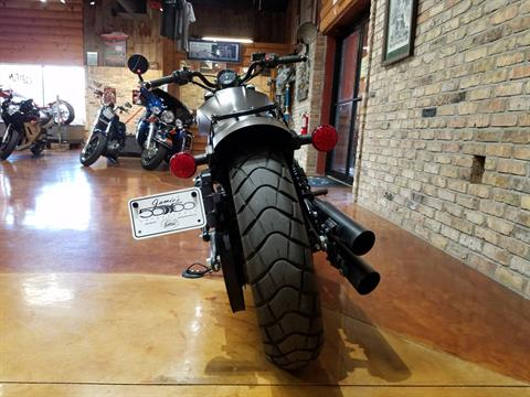2018 Indian Scout® Bobber in Big Bend, Wisconsin - Photo 15