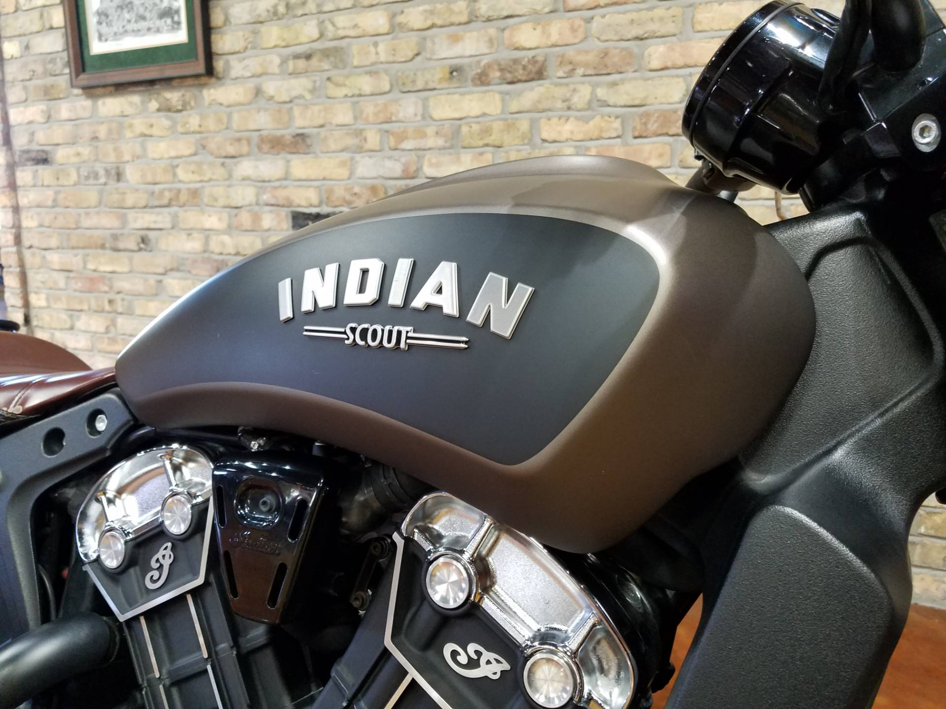2018 Indian Scout® Bobber in Big Bend, Wisconsin - Photo 38