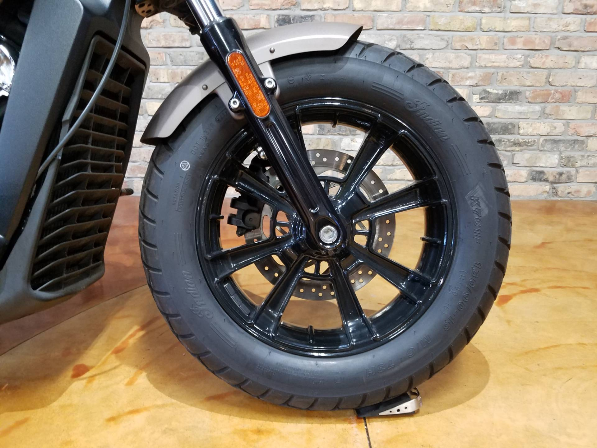 2018 Indian Scout® Bobber in Big Bend, Wisconsin - Photo 40