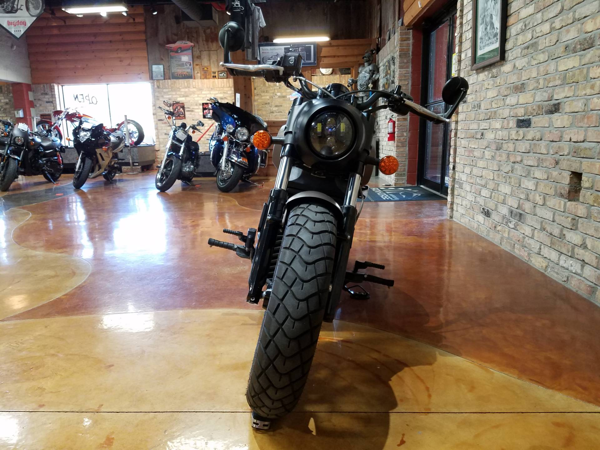 2018 Indian Scout® Bobber in Big Bend, Wisconsin - Photo 42