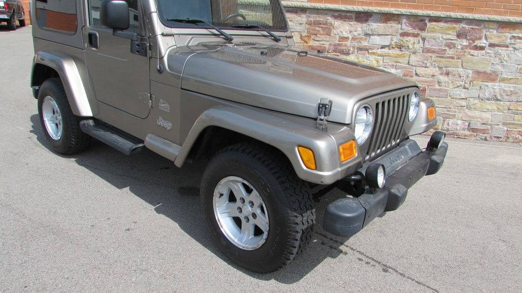 2004 Jeep Wrangler Sahara in Big Bend, Wisconsin - Photo 3