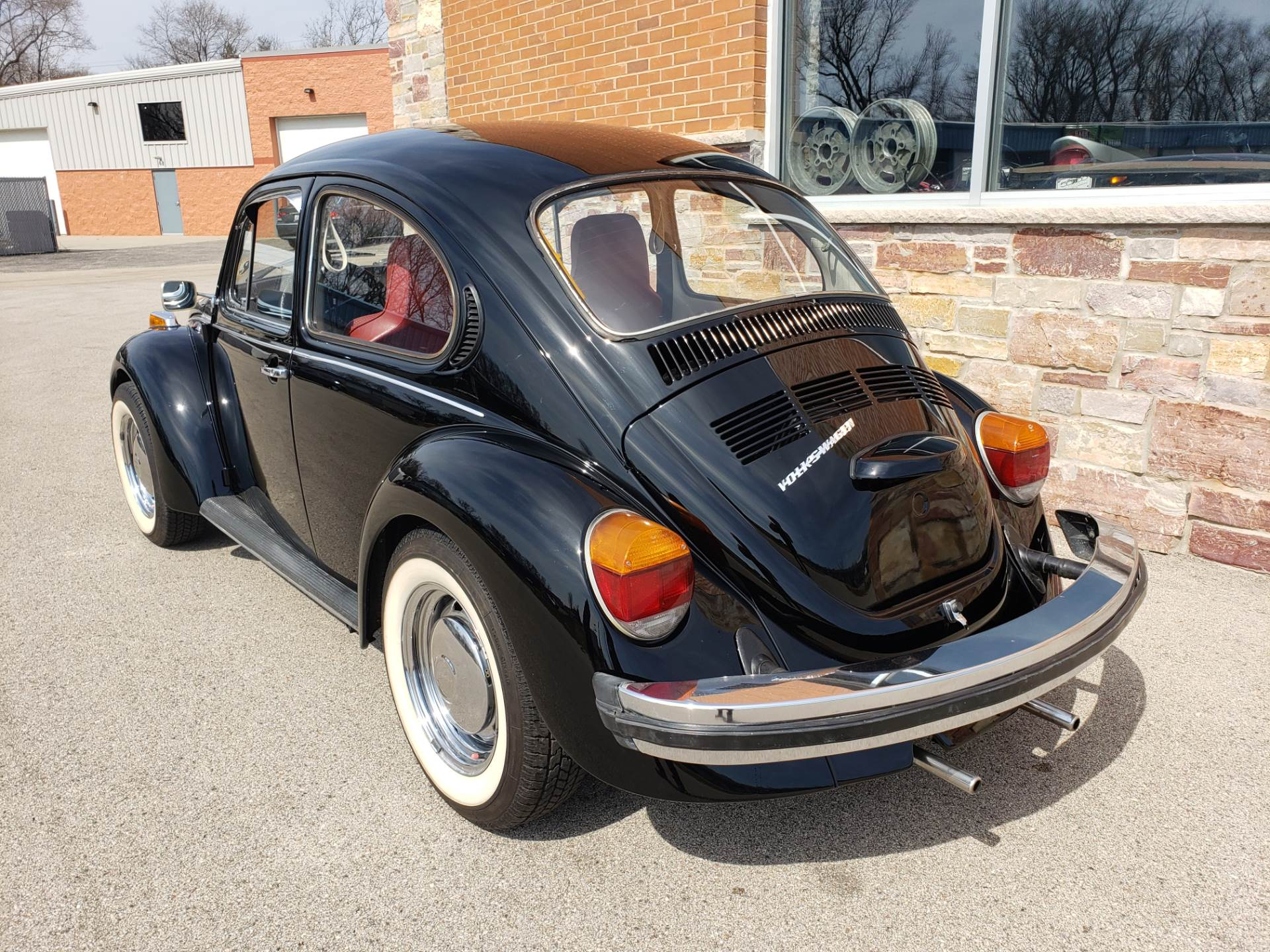 1974 Volkswagen Super Beetle in Big Bend, Wisconsin - Photo 30