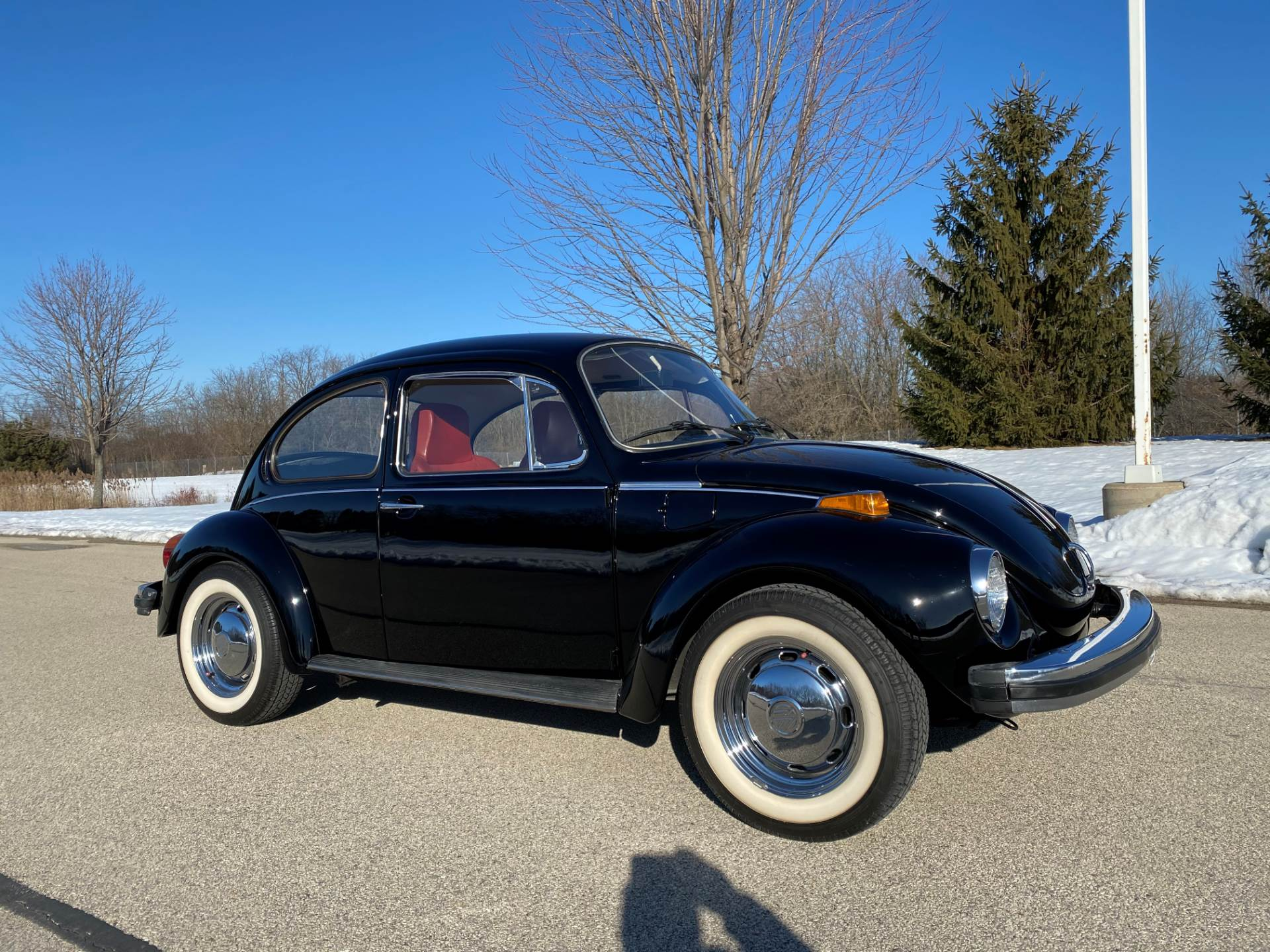 1974 Volkswagen Super Beetle in Big Bend, Wisconsin - Photo 3