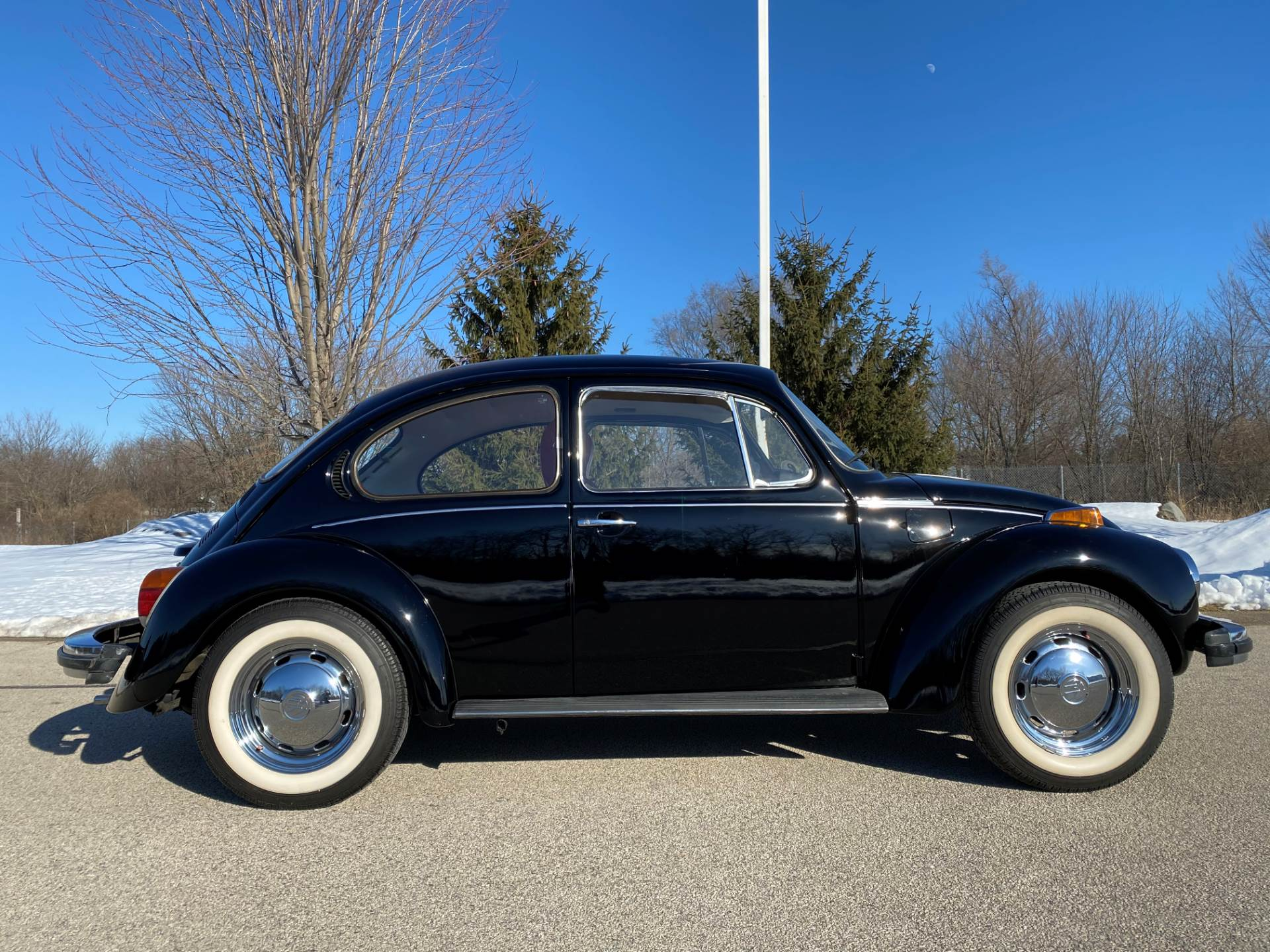 1974 Volkswagen Super Beetle in Big Bend, Wisconsin - Photo 14