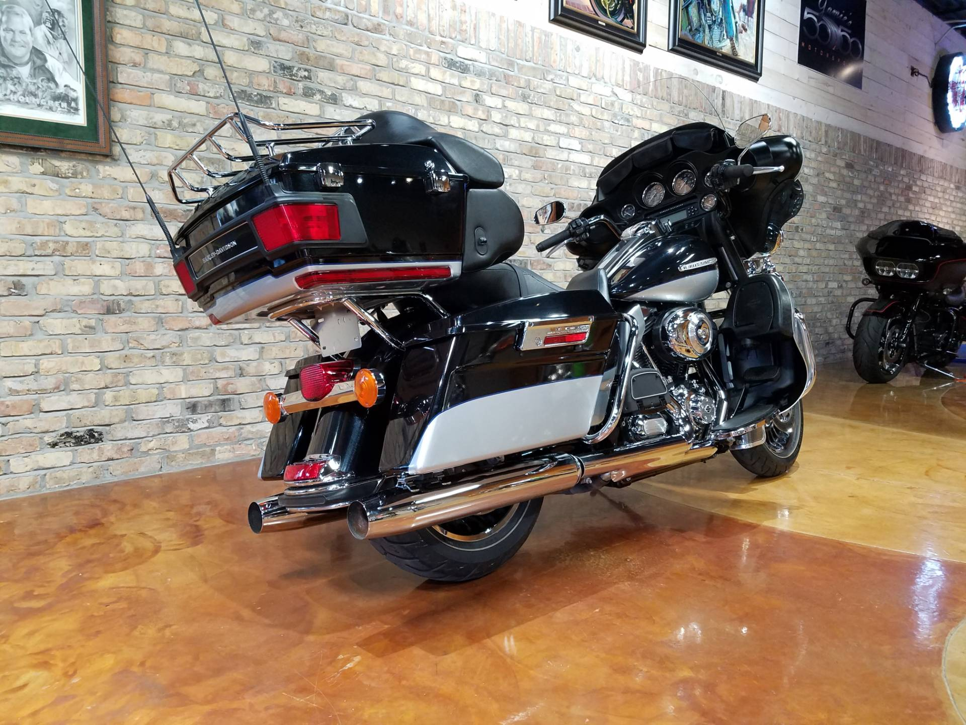 2012 Harley-Davidson Electra Glide® Ultra Limited in Big Bend, Wisconsin - Photo 4