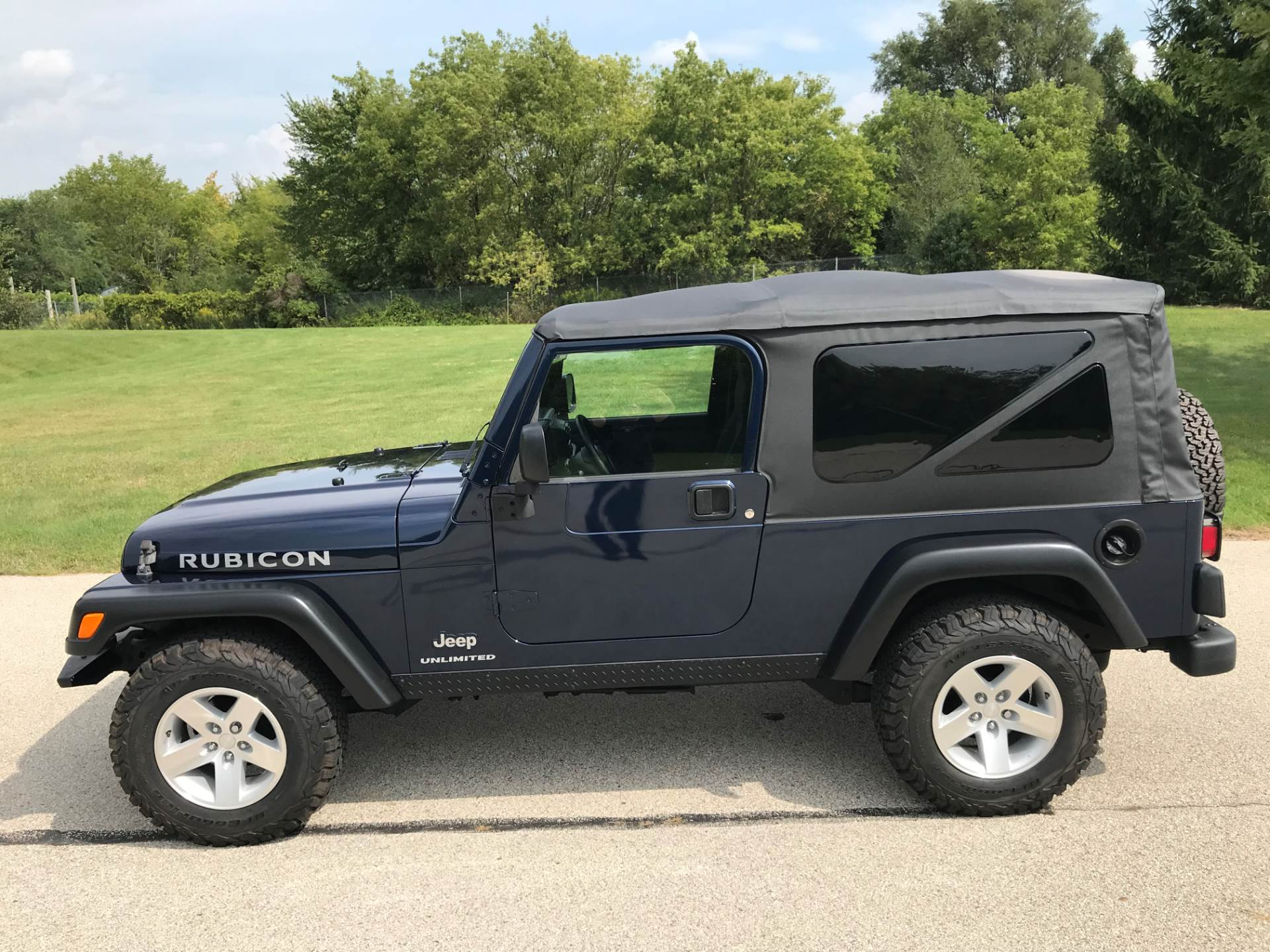 2006 Jeep Wrangler Unlimited Rubicon 2dr SUV 4WD in Big Bend, Wisconsin - Photo 90