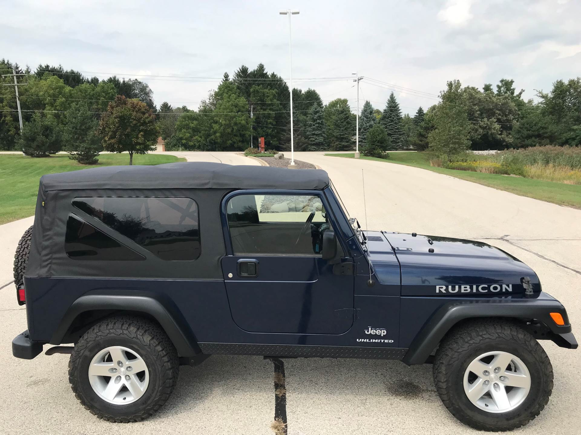 2006 Jeep Wrangler Unlimited Rubicon 2dr SUV 4WD in Big Bend, Wisconsin - Photo 37