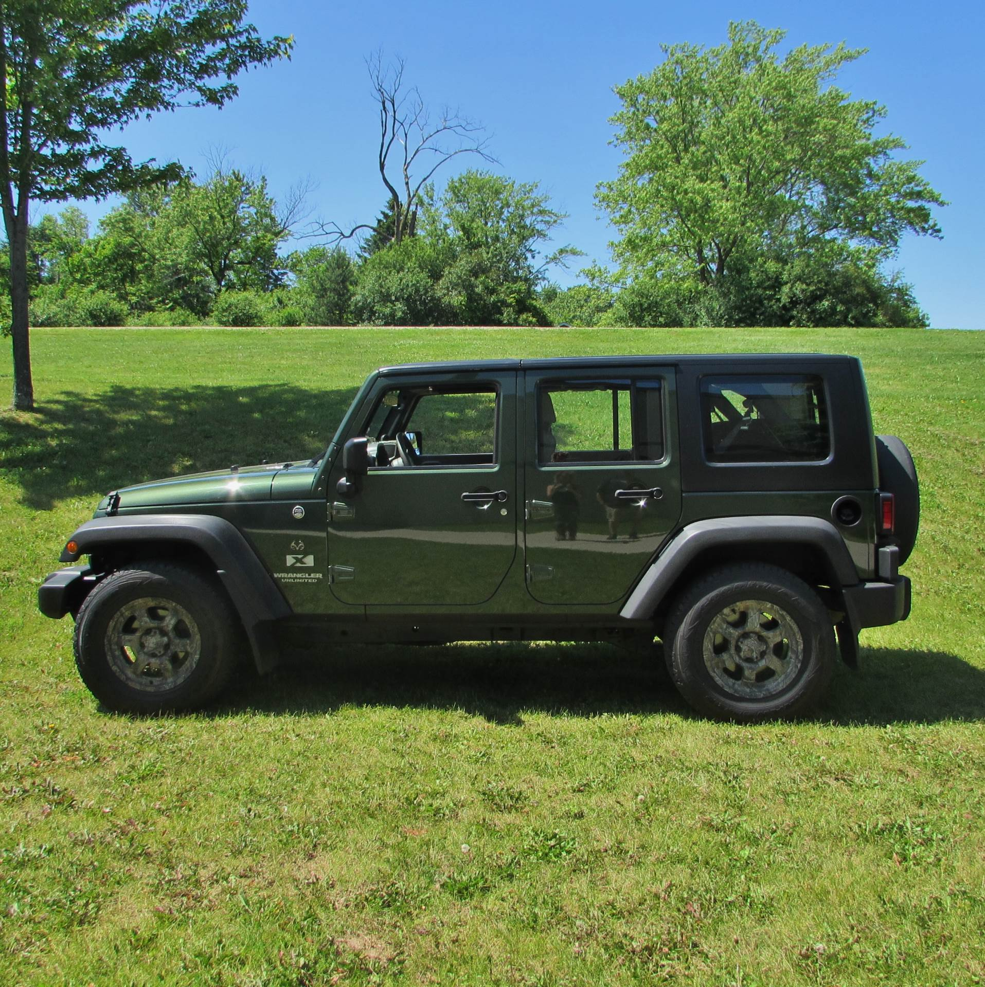 2008 Jeep Wrangler Limited Sport in Big Bend, Wisconsin - Photo 2