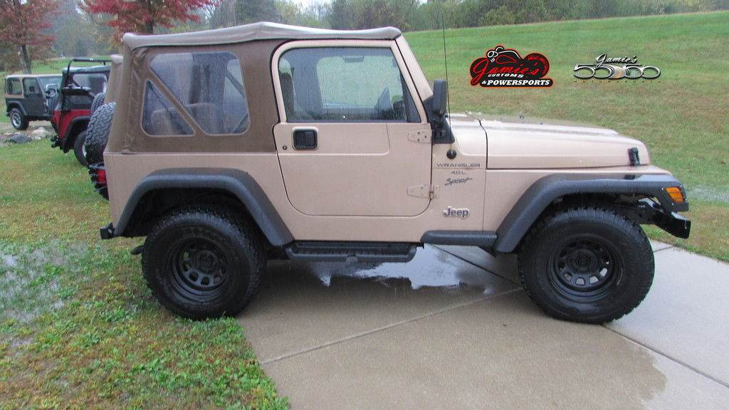 2000 Jeep WRANGLER in Big Bend, Wisconsin - Photo 6