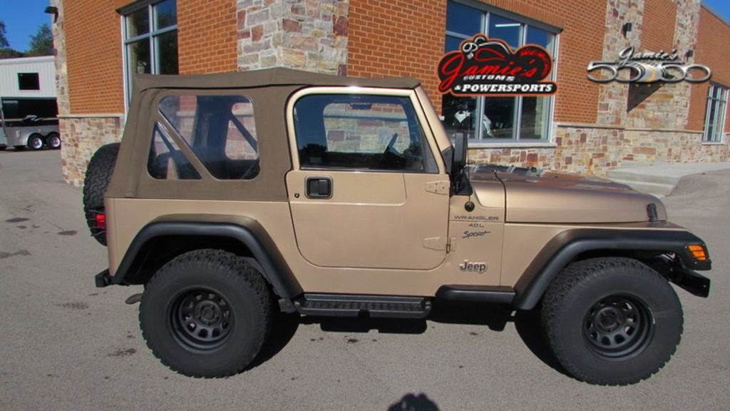 2000 Jeep WRANGLER in Big Bend, Wisconsin - Photo 1